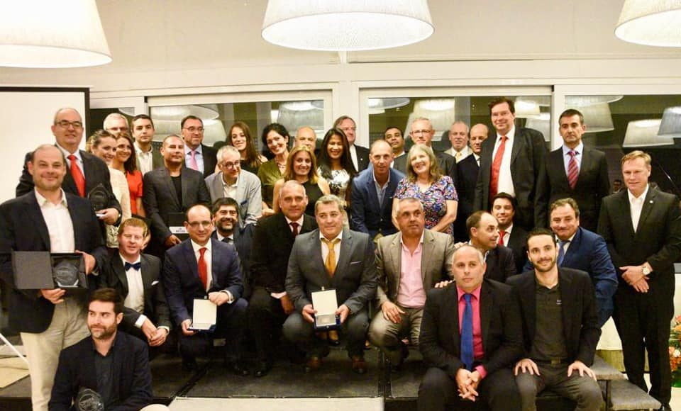 #CIPREA2018 Foto de familia de los distinguidos en la gala.