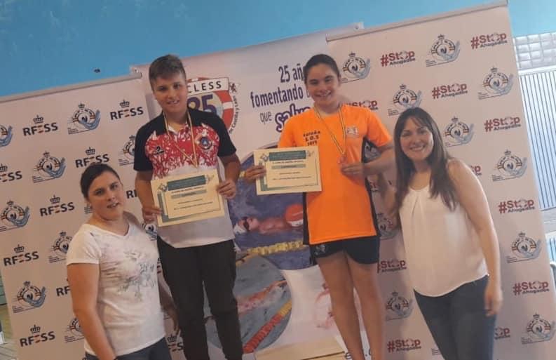100 metros natación con obstáculos: Diego Barbillo Rodríguez (C.D. Unión Esgueva SOSVA) y Berta Arévalo Velasco (C.D. Oca SOS).
