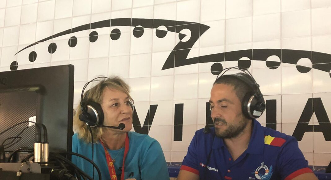 Inés González Díaz, presidenta de la Comisión Mujer y Salvamento y Socorrismo de la @RFESS1, explica los motivos por los que la Federación es un referente en igualdad durante la retransmisión.